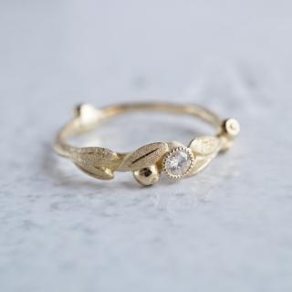 Olive diamond ring